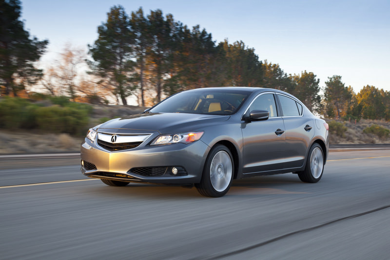 Review: 2013 Acura ILX