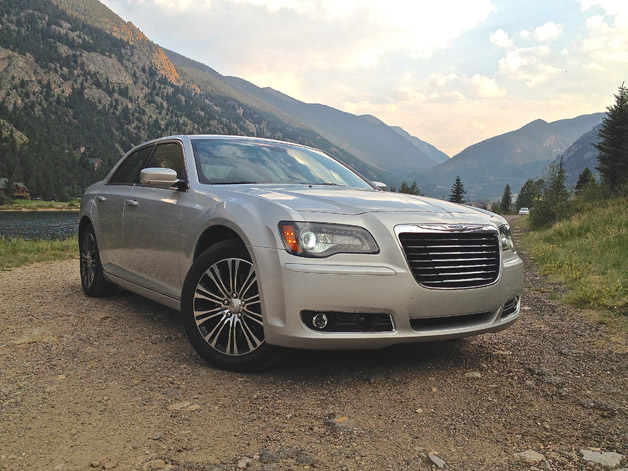 Review: 2013 Chrysler 300S AWD