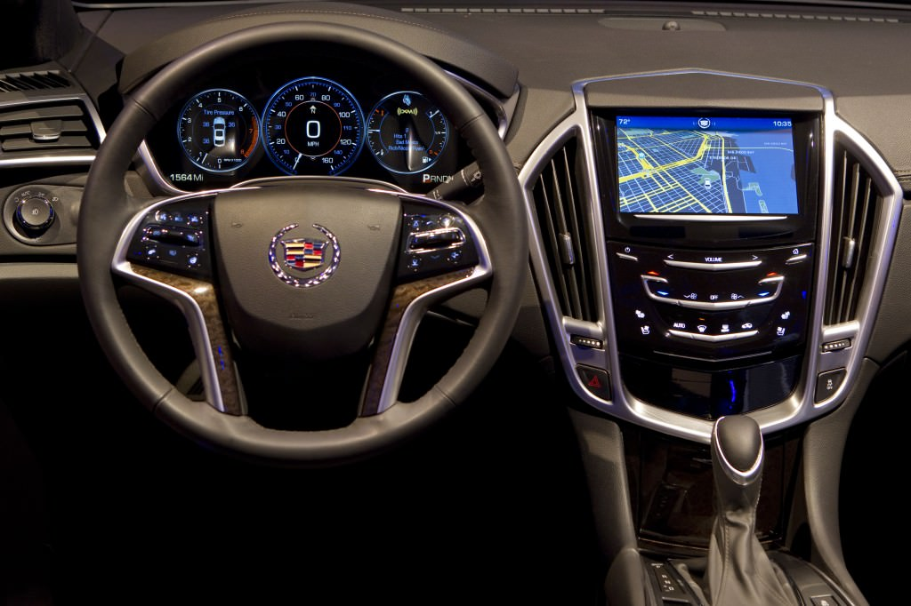 Cadillac CUE: Changing the Game with One Very Awesome NAV System