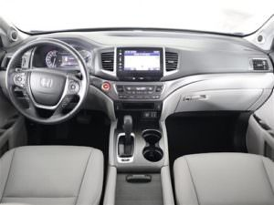 Interior of a used 2017 Honda Pilot EX-L
