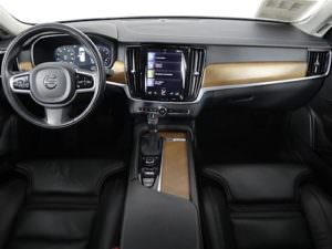 Used 2018 Volvo S90 interior